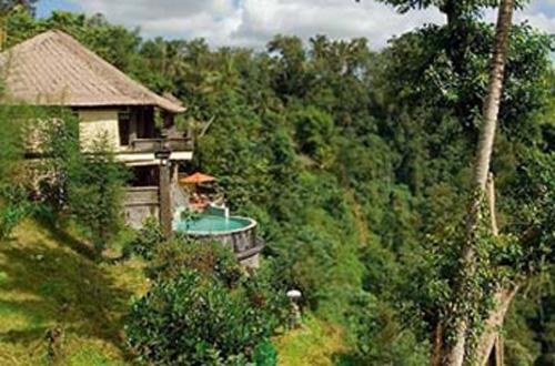 Awang Awang Villa